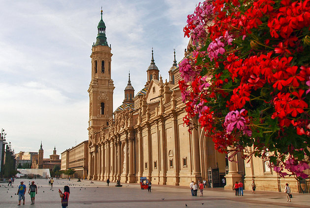 prettiest travel destinations europe zaragoza spain